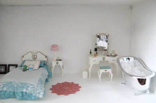 Dollhouse en construction 3331202892_c59bbb20c1