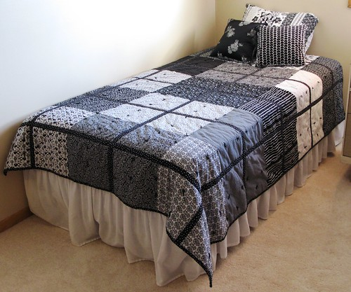 bw_quilt_finished