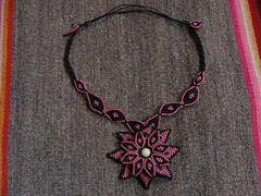 Macrame Rosa Negra (pacificdaphne) Tags: handmade negro rosa collar macrame makrame artesania rosanegra macram hancraft hiloencerado echoamano