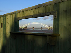 You've been framed (Mr Grimesdale) Tags: bridge olympus mersey jubileebridge runcorn widnes halton e510 rivermersey runcornbridge mrgrimsdale stevewallace mrgrimesdale