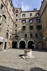 (Nikon D90 - grandangolo)Venezia - Corte Seconda del Milion