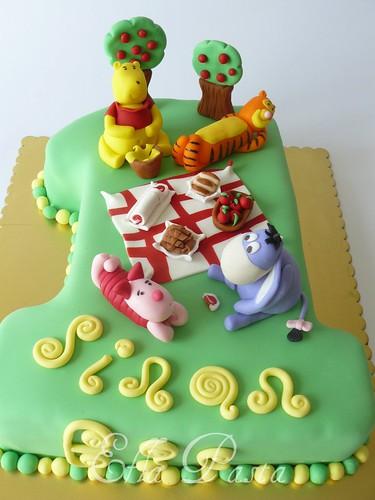 winnie cake 1