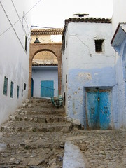 Rue bleue (fabici) Tags: world street blue canon word famous indeed photograph worst chaouen rue chefchaouen bleue 400d fabici