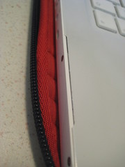Riss im Topcase des Apple MacBook