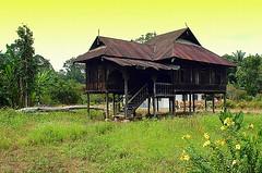 Perak Traditional House (The JASS) Tags: house traditional d70s malaysia lama rumah perak bota kanan jasni