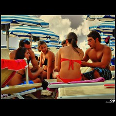 Playing Cards (Osvaldo_Zoom) Tags: summer people italy beach youth cards seaside bravo play explore frontpage calabria italianbeachproject