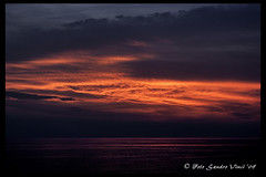 Flames On The Horizon [Explore] (Sandro V-R ) Tags: photo nikon tramonto nuvole mare foto estate explore cielo luci nikkor vinci colori nero arancio sicilia sandro fuoco caldo contrasto incandescente d80 scoglitti nikond80 flickraward nikonitalia infiammarsi sandrovinci