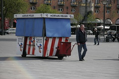 Plsevogn (Peter Leth) Tags: copenhagen denmark transport fart danmark kbenhavn vej 2010 rdhuspladsen trafik kbenhavnsrdhus effektivitet bevgelse hastighed frdsel