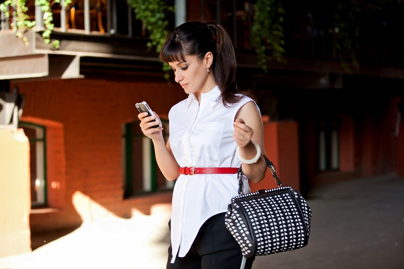 Тина Канделаки - летнее фото с айфоном