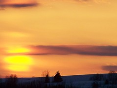 ~~~~~~~~~Embrace~~~~~~~~ (Lily C.) Tags: trees sunset sun canada clouds jaune evening soleil blessing newbrunswick yelow embrace supershot soire lilyc platinumphoto goldstaraward rubyphotographer vosplusbellesphotos