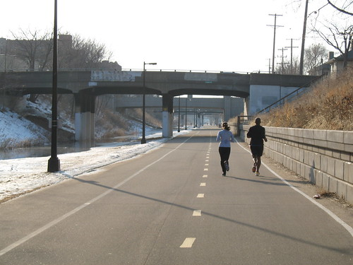 joggers on midtown greenway
