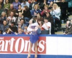 Shizuka Arakawa 荒川 静香 gets hug at Skate America 2003