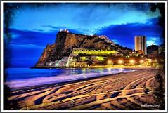 El final de la playa de Poniente (Benidorm) (Pablo Arias) Tags: espaa mar spain nocturna hdr benidorm smrgsbord horaazul nikond300 greatmanipulart grouptripod
