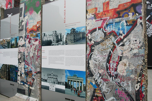 information about the Berlin Wall