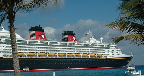 Disney Magic (crop)