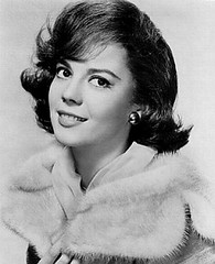 Natalie Wood in Splendor in the Grass (1961) (cinema_lasuperlativ2) Tags: 1961 nataliewood classicmovie splendorinthegrass classiccinema cinemalasuperlativ filmefavoritecornel