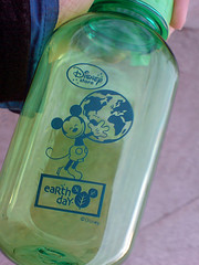 200904_22_k01 - Mickey Loves Earth