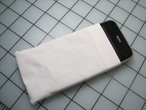 no-sew iPhone cozy11