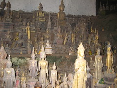 IMG_4092 (tomaszd) Tags: geotagged laos lao louangphabang banpakou geo:lat=2004930833 geo:lon=10221106000