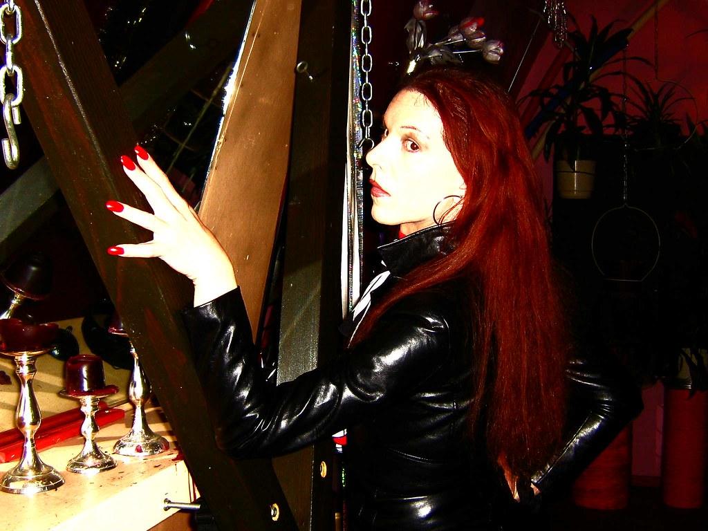 Erotic hypnosis studio jezebel