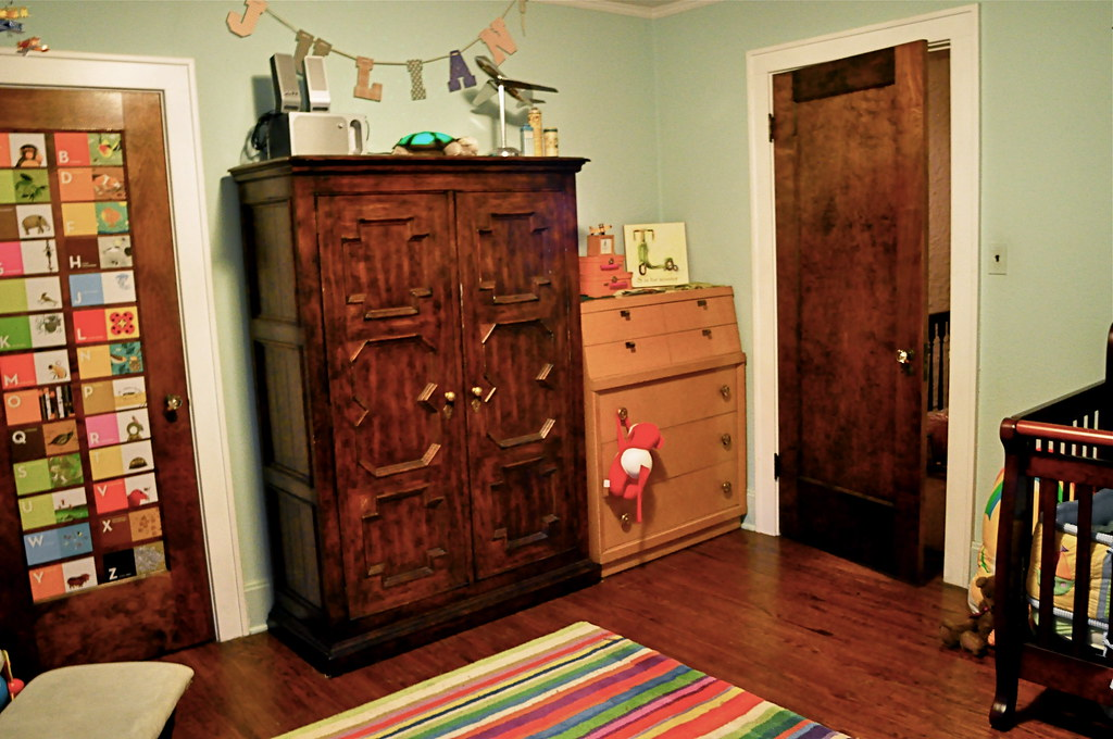Boys' room.