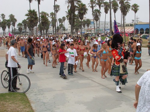 Bikini World Record Venice Beach