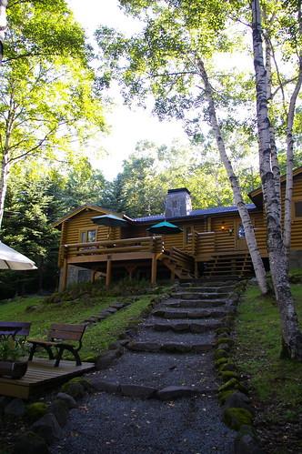 森のホテル「ログハウス」