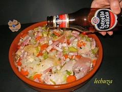 Pollo estofado campesina-cubrir cerveza