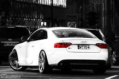 Audi S5 (Jeroenolthof.nl) Tags: bw white motion black beautiful field car modern germany deutschland photography grey lights is moving amazing nice movement jeroen nikon driving dof view shot bokeh rear great d70s automotive explore 200 if paparazzi 28 lovely nikkor dusseldorf audi 80 panning zwart wit rs allemagne depth exclusive f28 duesseldorf avant s4 c6 duitsland s5 rs6 steinstrasse 80200 zw s6 s8 koenigsallee automotion q7 q5 olthof konigsallee wwwjeroenolthofnl jeroenolthofnl jeroenolthof