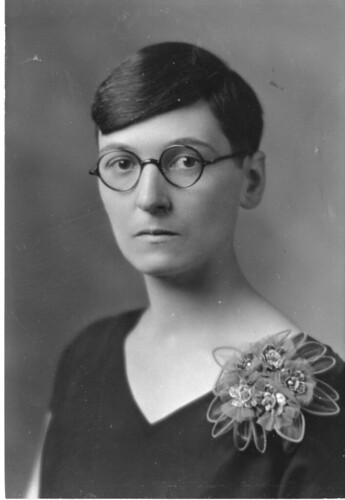 Mildred Adams Fenton (b. 1888), Smithsonian Institution Archives