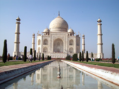 TAJ MAHAL - THE SEVEN WONDERS OF THE WORLD