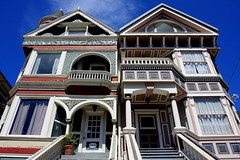 Victorian Elegance (KingoftheHill.) Tags: sanfrancisco city urban architecture downtown view victorian embarcadero vista civiccenter paintedladies alamosquare density
