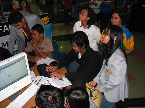 STMIK-MDP Laptop Fair 2009