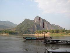 IMG_4145 (tomaszd) Tags: geotagged laos lao louangphabang banpakou geo:lat=2004930333 geo:lon=10221080500