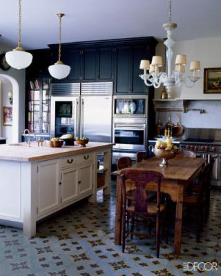 Dark kitchen cabinets: Benjamin Moore 'Night Shade', from Elle Decor