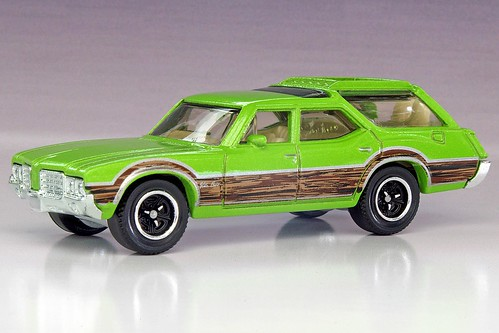 Matchbox 1971 Oldsmobile Vista Cruiser
