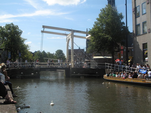 Sunny afternoon on the canal