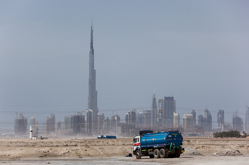 the Burj Dubai and the Dubai skyline, April 2009 (by: Lars Ploughmann, creative commons license)