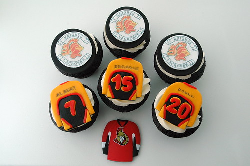 Lacrosse Jersey Cupcakes