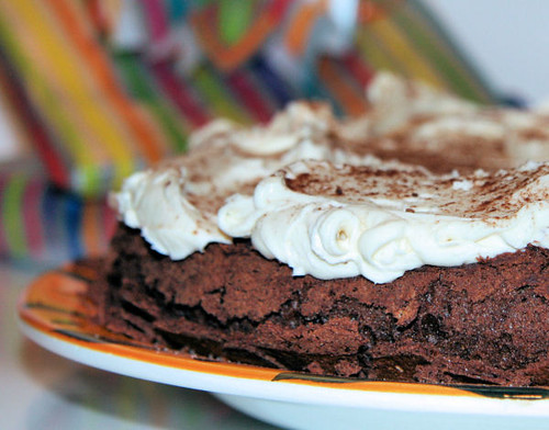 flourless chocolate cake 0455 R