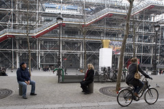 Gigi and Larry outside the Pompidou