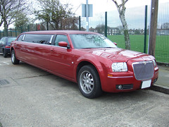 Red 300 Chrysler limo (stormvr6) Tags: wedding red apple car glamour candy 8 limo stretch prom chrome seats glam chrysler 300 eight limousine alloys hire seater glamlimos glamourlimos