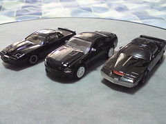 Knight Rider 1/64 KITT's and KARR (imranbecks) Tags: justin david hot cars ford mike scale car michael am 1982 die wheels cast shelby firebird 164 knight pontiac mustang trans hasselhoff 2008 rider transam industries karr kitt diecast traceur bruening gt500kr