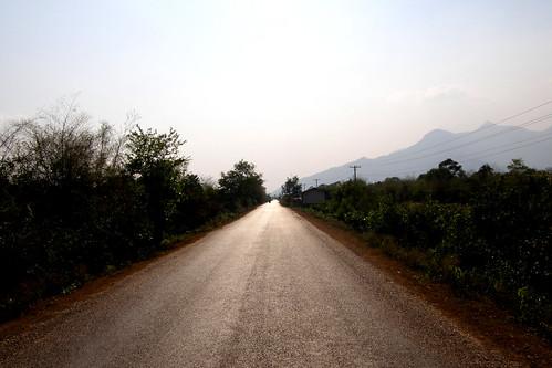 49.一望無際的鄉村道路