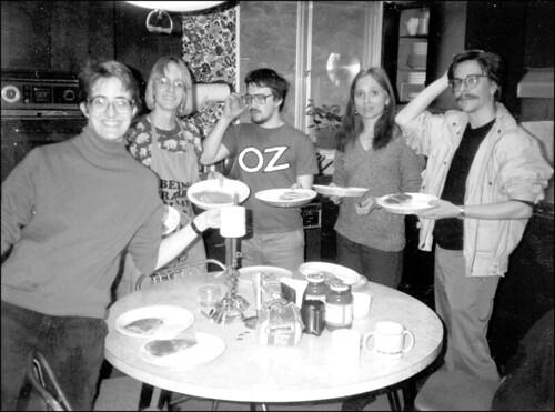 Susan Palwick, Kathryn Cramer, Tom Weber (aka Soren DeSelby), Teresa Nielsen Hayden & Patrick Nielsen Hayden in the Hartwell kitchen in Pleasantville, NY, 1988