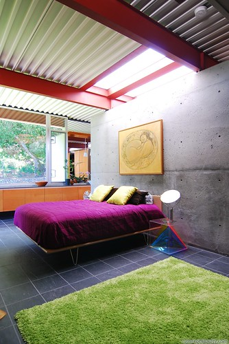 Eichlers in the San Mateo Highlands