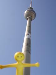 yellowman at the Berliner Fernsehturm (msflic) Tags: berlin april 2009 yellowman deutschetelekom invitedby