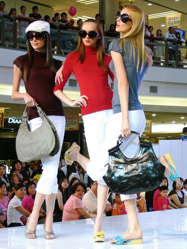 Fashion #5: Stay Tuned to Fashion On 1 @ 1 Utama 2009