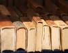... mai stanchi di dare (FranK.Dip) Tags: libro libri antiquariato lettura cultura bancarella brindisi leggere saggio mercatino storia vecchi saggezza consumati dip2 flickrlovers frankdip oggettiinesposizione oggettoesposti 05072009
