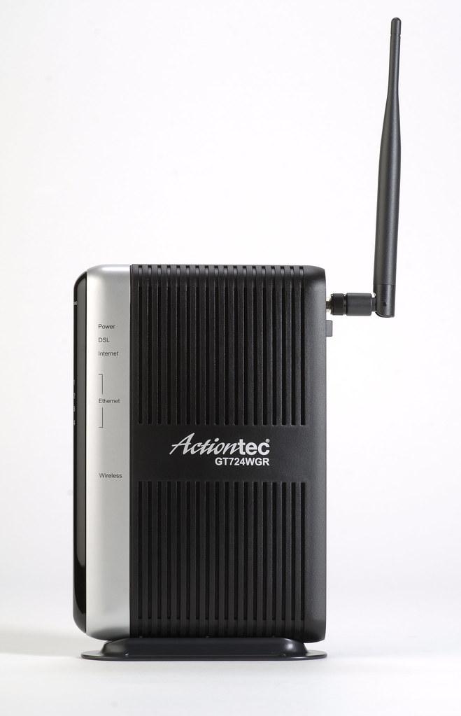 Actiontec GT724WGR Wireless DSL Modem Product Shot-Front